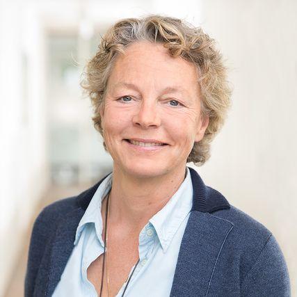 Nadia Schön
